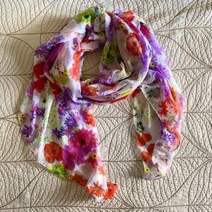 Accessories - Gorgeous Spring Floral Scarf/Wrap